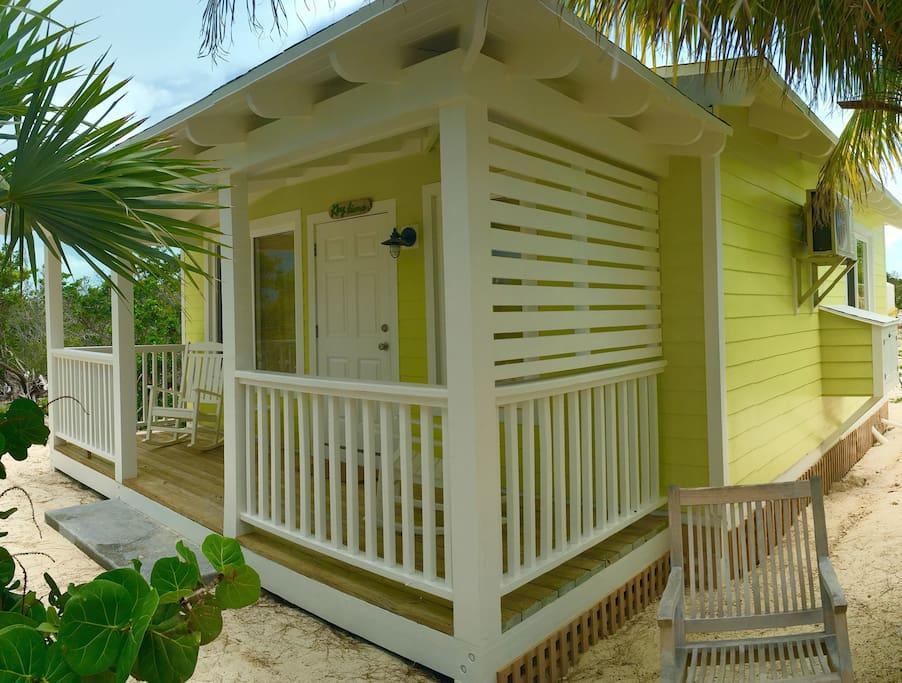 400 SF Studio Cottage - Key Lime