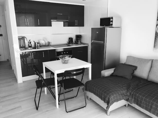 BRAND NEW APARTM-T in Las Americas center