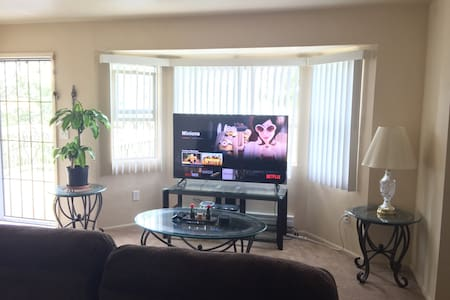 Private room with breakfast: spacious/quiet/comfy! - Prescott Valley