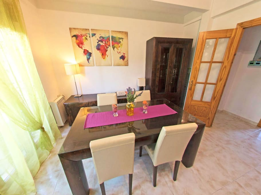 Casa espejos close cathedral 2 rooms 7 pax wifi for Aki espejos pared