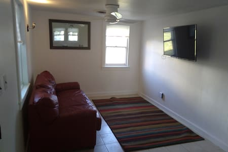 HOUSE JUST RENOVATED New Appliances Bathroom Kitch - Norristown