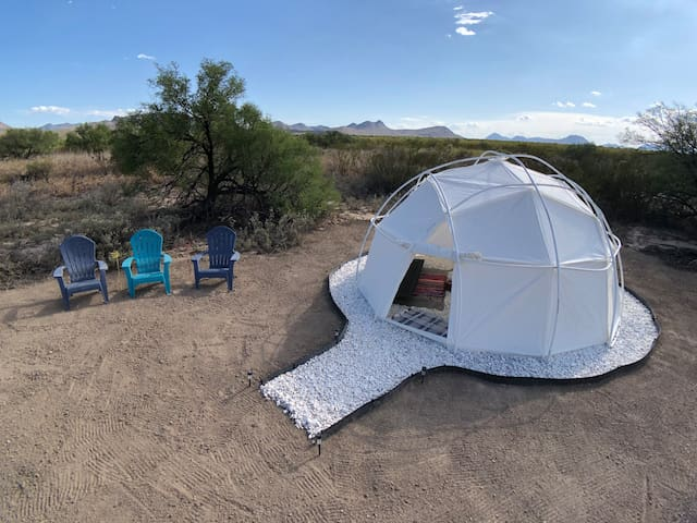 Agave Abode (Dome Tent @BigBendGlamping)