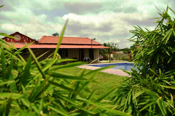 Tiwari Farms -complete Luxurious Farm experience!