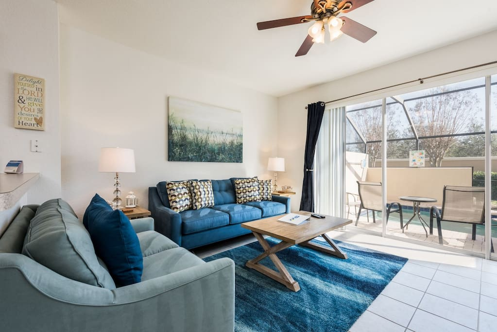 Beautiful townhome with a private lanai off the living room
