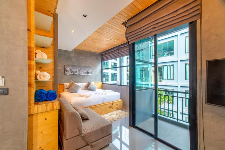 Brand new Studio Naiharn Beach By Space A305