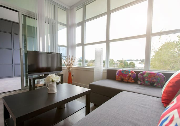 Cozy 1 bedroom close to airport - Richmond  - Wohnung