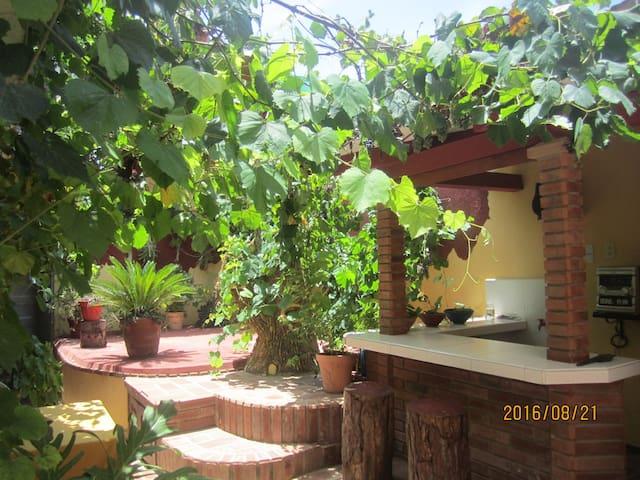 Hostal Brisas del Sur( Wifi Gratis)
