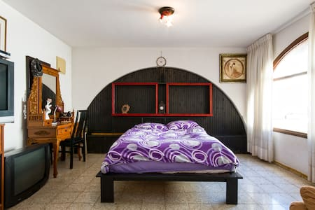 Private rooms in a villa 1 - Kiryat Yam