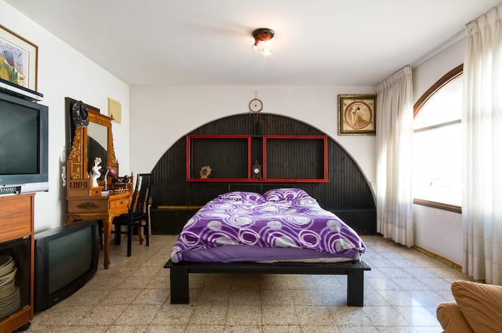 Private rooms in a villa 1