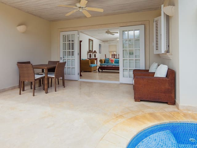 Your Perfect Caribbean Home in Classic Colonial Style - Mullins - Hus