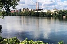 The Allegheny River Trail is a few blocks away.