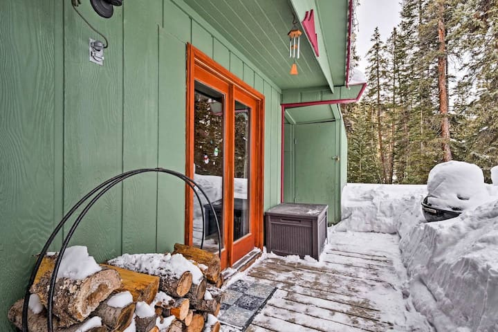 New! Secluded Breck Cabin 10 Mins to Pk 9/free bus