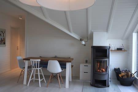 Design-Haus an der Schlei - Wasser, Idylle & Stil - Kosel