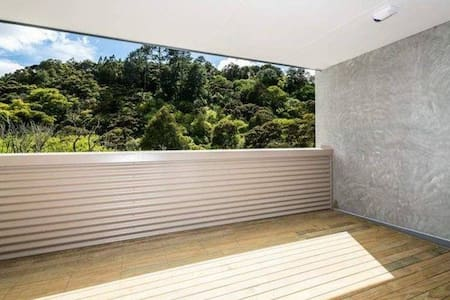 Albany - Private secluded room + private ensuit - Auckland - Şehir evi