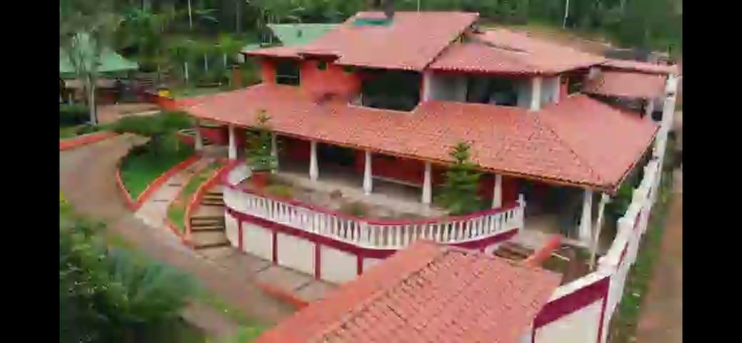 La Quinta Rosa en la Hacienda La Lopera