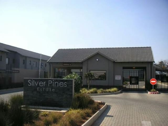 Apartment in a safe secure complex - Benoni - Apartment