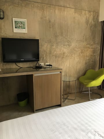 Nice clean and quiet studio,close to Khaosarn road - Bangkok - Apartment
