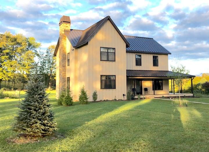 Enjoy the fall @this Catskills Estate on 25 Acres