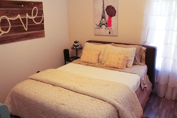 C3 Guest House--Room 101