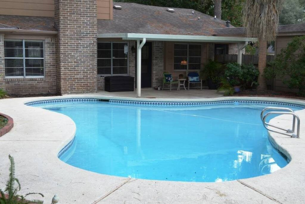 Beautifully upgraded three bedroom home with pool houses for rent in houston texas united states 2 master bedroom homes for rent houston