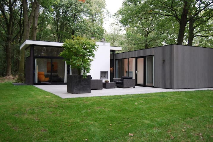 Holiday House in Maasduinen 6 pers - Belfeld - 牧人小屋