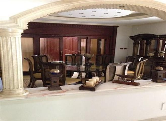 High class villa in Abdoun furnished for rent