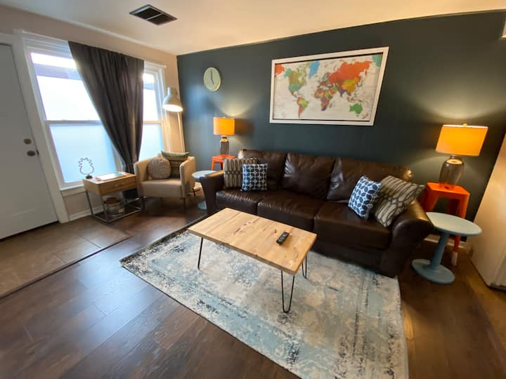 Dogtown 2 bedroom, walk to zoo, breweries and more