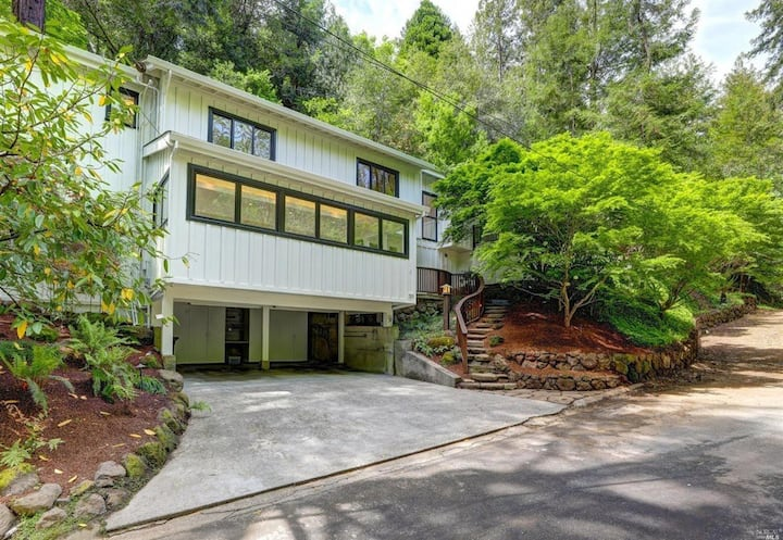 Marvelous Mill Valley Mid-century