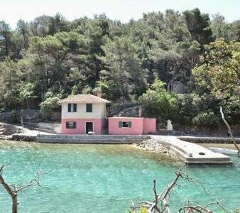 Casetta rosa sul mare - Sveti Jakov