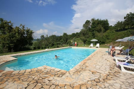 Podere - Tuscany countryside apartment with pool