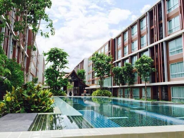 City-Resort with fantastic Pool and Gym - Chiang Mai - Condominio