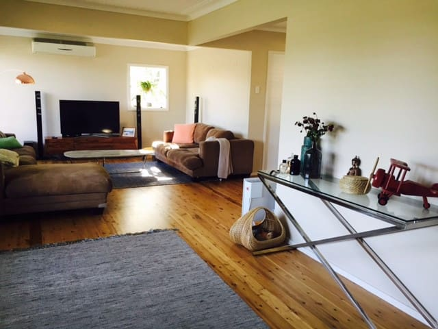 Comfy Cosy 1 Bedroom House - Baulkham Hills - Hus