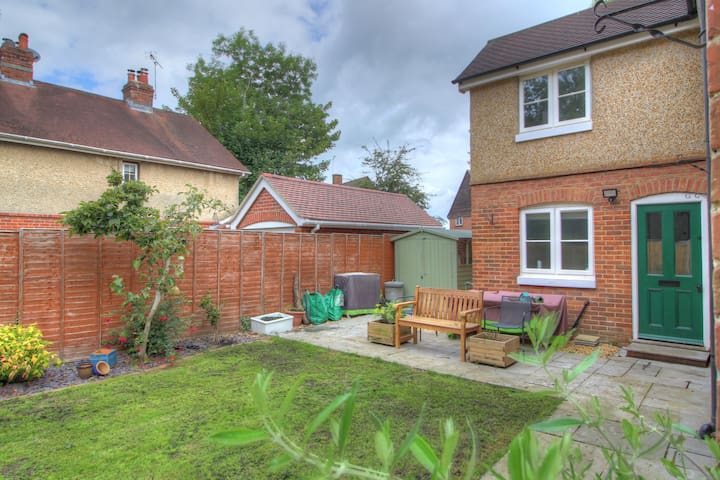 Beautiful cottage in the heart of Lyndhurst