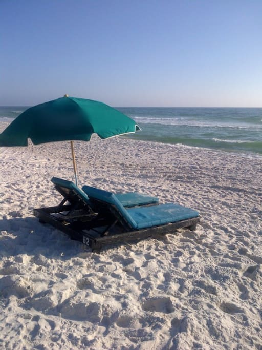 2 beach chairs are included in your rental