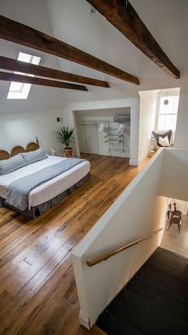 Open Layout (No Door On Master Bedroom)