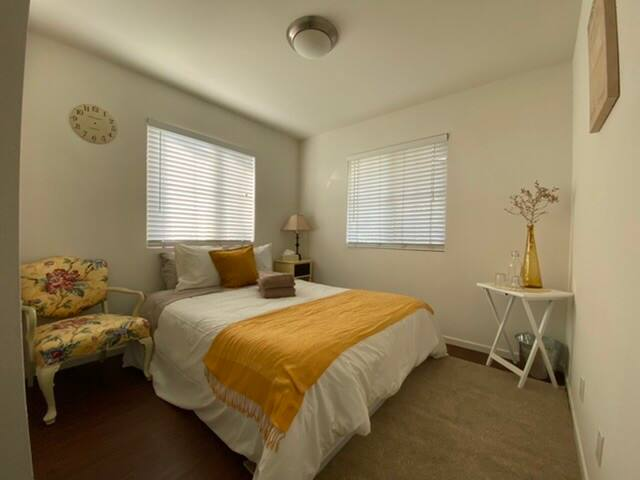 Summerland •Seaside Private room