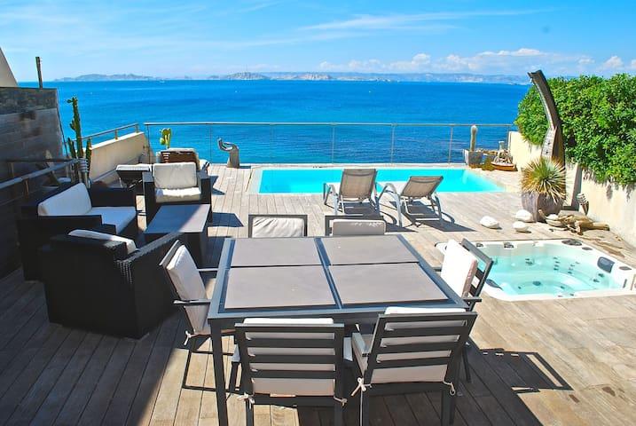 Magnifique villa front de mer - Marseille - Villa