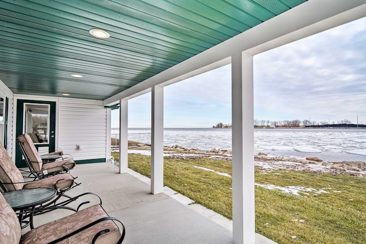 Waterfront Bay City Home w/ Dock & Boat Launch!