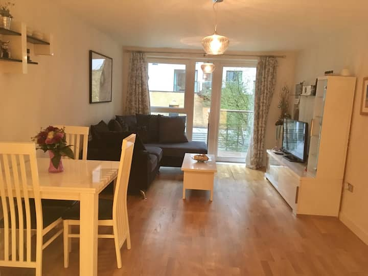 Spacious apartment for 4 people in Greenwich