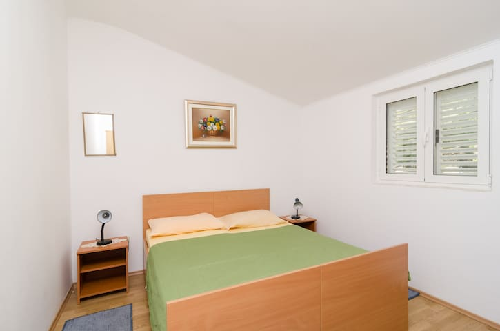 #GUESTHOUSE SOBRA Double room!A/C & shared kitchen