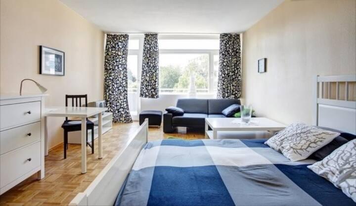 21: möbliertes Apartment in super Lage!