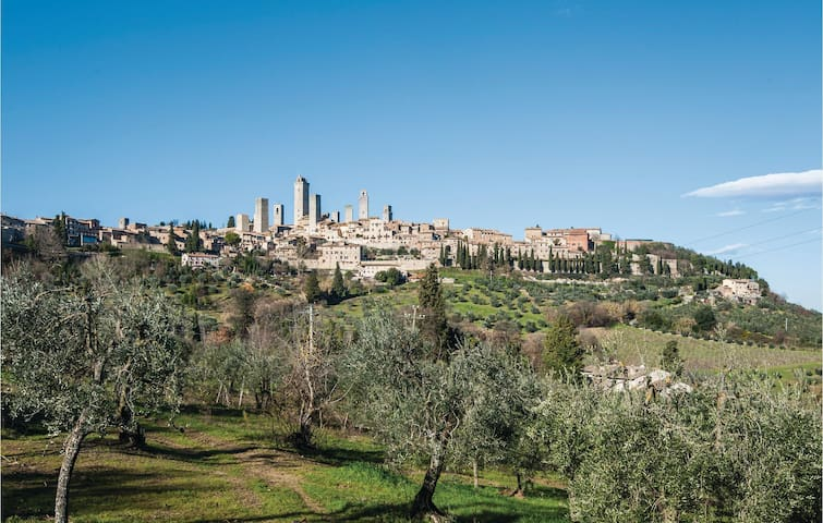 Holiday apartment with 2 bedrooms on 70m² in San Gimignano (SI)