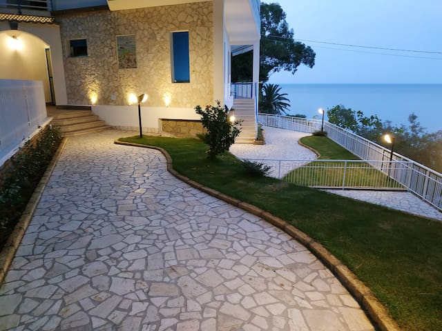 Beautiful house with sea view