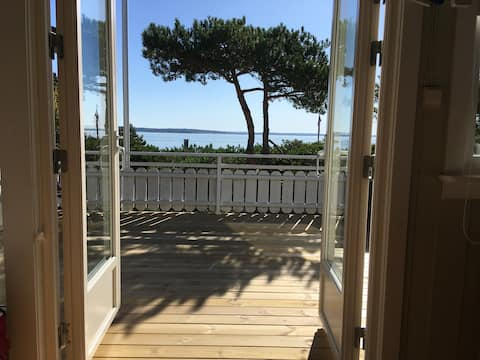 Holiday Cottage, Secluded, Cozy, next to sea (70m)