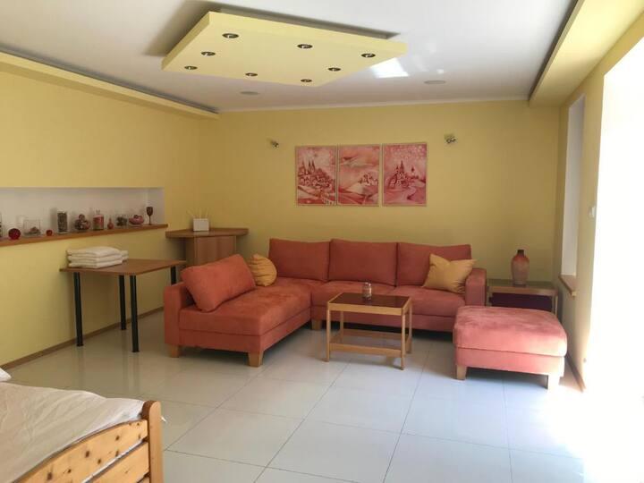Kastle small apartment