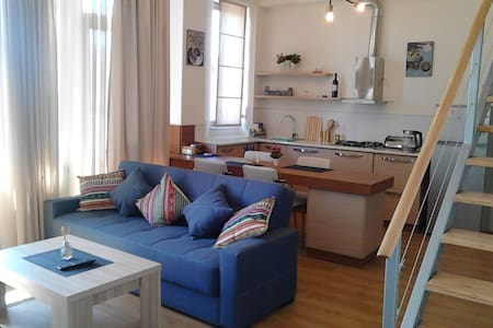 Studio apartment in old Tbilisi - Tbilisi - Leilighet