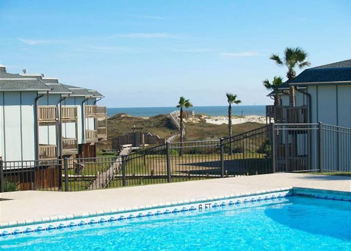Beach Condo for Snowbirds and Winter Texans