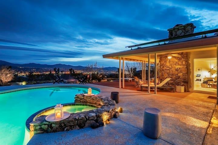 Hi-Desert Mod home w/pool* hot tub* view