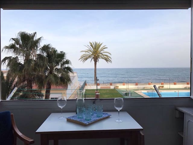 New apartment on the beach front line