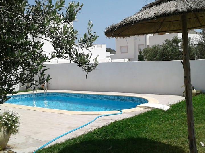 Villa piscine quartier sélect Hammamet
